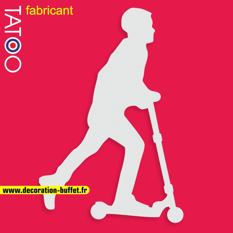 support gateau bonbons trottinette éléctrique patinette sport