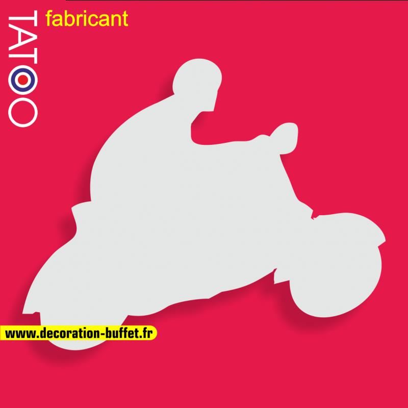 support polystyrène bonbons scooter avec pilote roue arrière